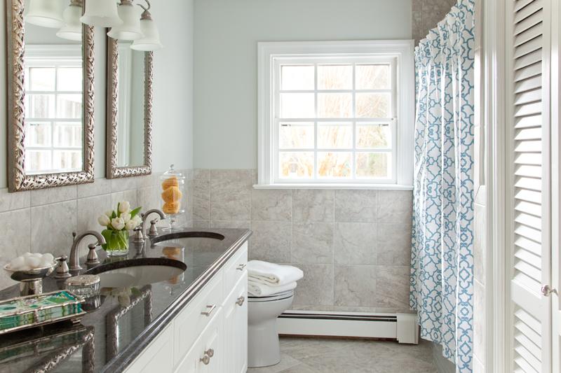 Dillard+Bathroom+1.jpg