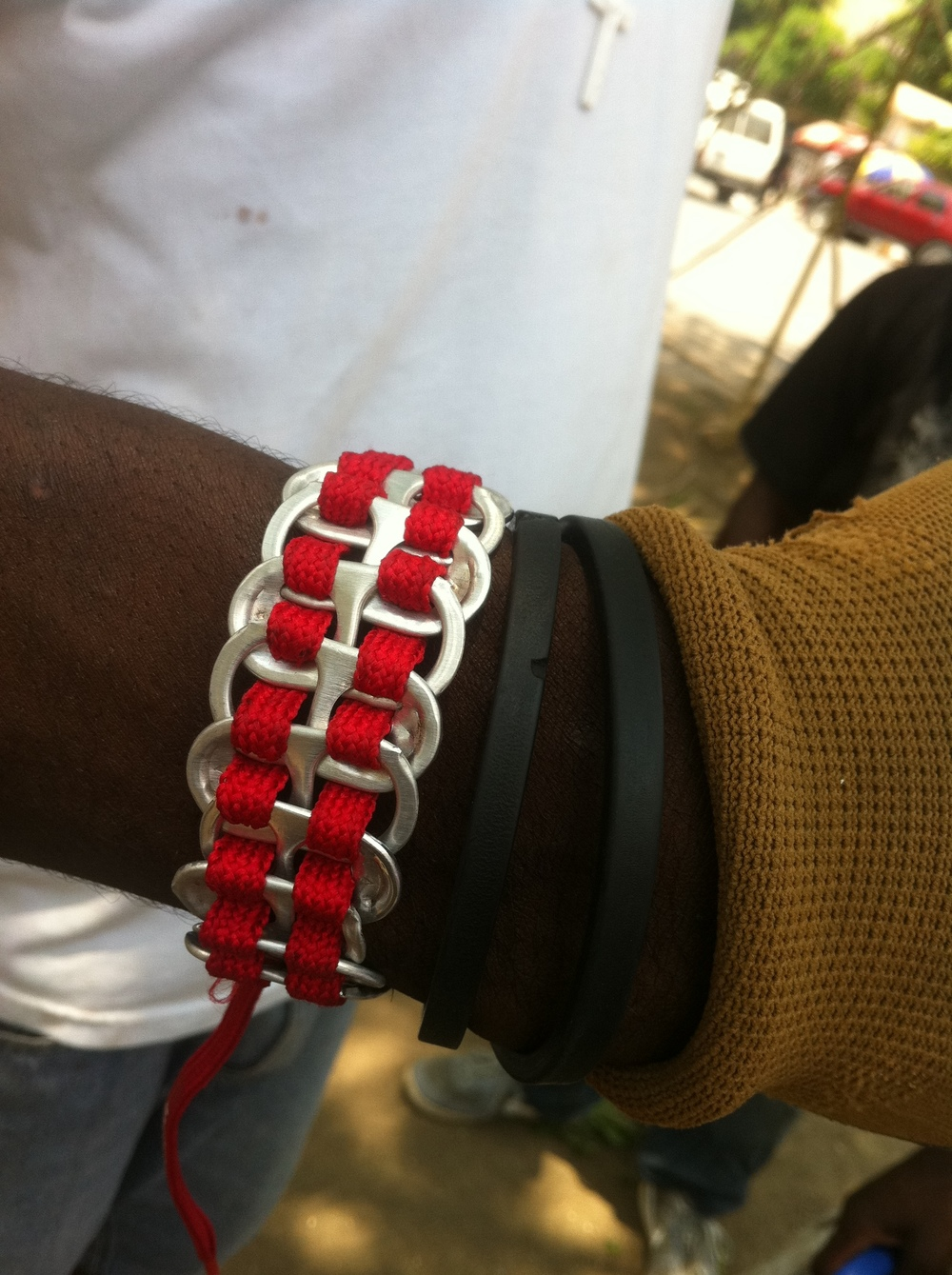 bracelet from our RED Nike laces and can tabs
