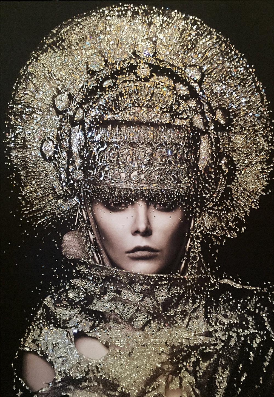 GUERRIERA - VanitartCollezione Le Regine GuerriereMisura 70x100 cmLavorazione in cristalli Swarovski e Specchi