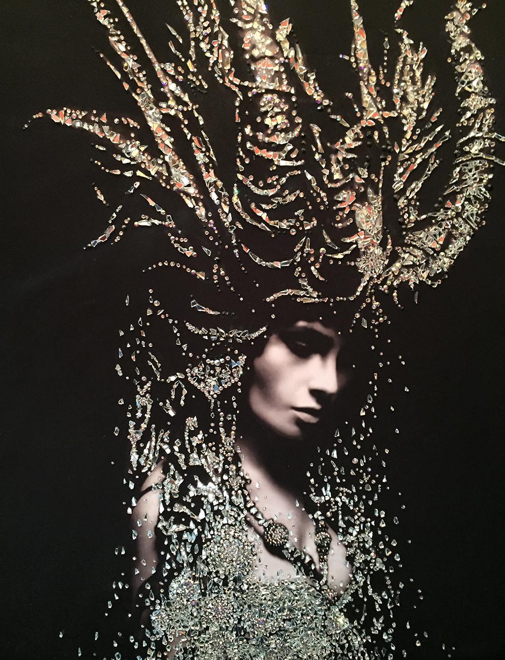CAPRICORNO - VanitartCollezione Le Regine GuerriereMisura 70x100 cmLavorazione in cristalli Swarovski e Specchi