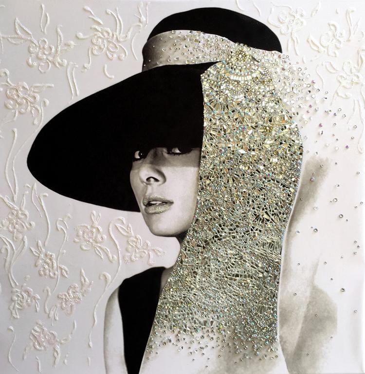 apparenza - VanitartCollezione Le Donne d'EpocaMisura 70x70 cmLavorazione in cristalli Swarovski e Specchi
