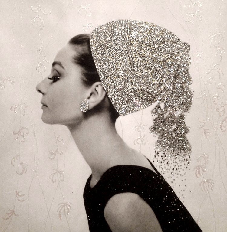 eleganza - VanitartCollezione Le Donne d'EpocaMisura 70x70 cmLavorazione in cristalli Swarovski e Specchi