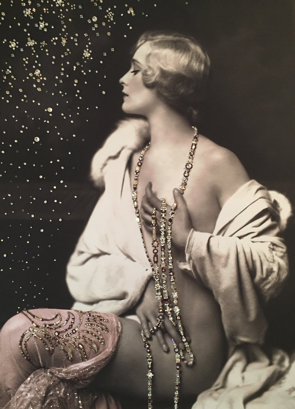 BELLEZZA - VanitartCollezione Le Donne d'EpocaMisura 70x100 cmLavorazione in cristalli Swarovski e Specchi