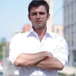 Oleg rogynskyy CEO & Co-Founder, People.ai
