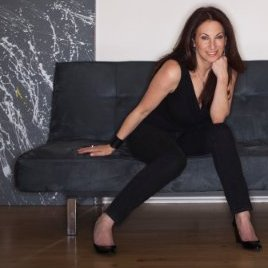 <strong> Debbie Landa </strong> <br> CEO <br> Dealmaker Media