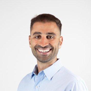 <strong> Dennis Pilarinos </strong> <br> CEO/Founder <br> buddybuild