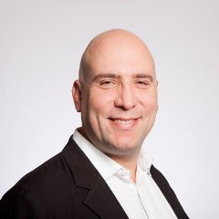 <strong> Oliver Roup </strong> <br> Founder & CEO <br> VigLink
