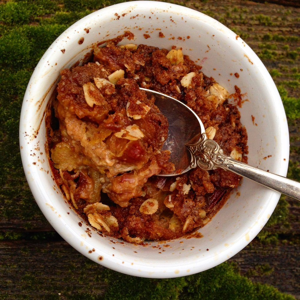 Rhubarb Custard Crisps