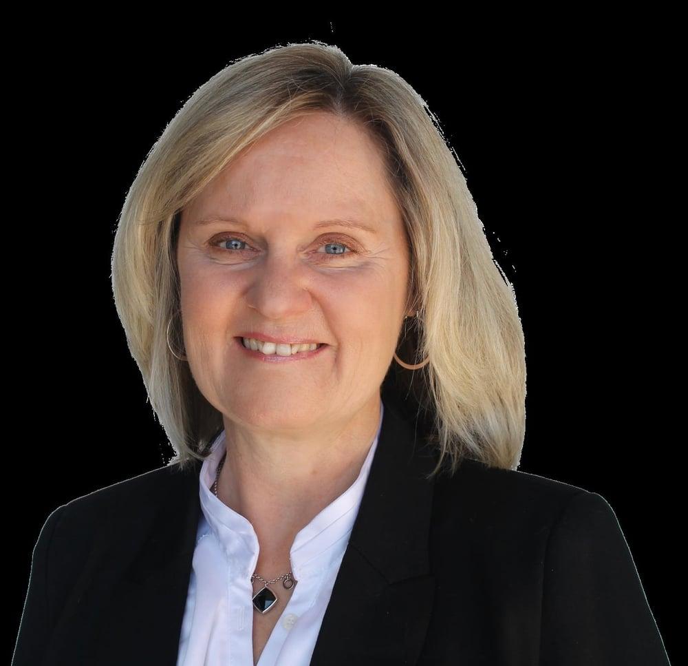 Angela Schmidt.jpg