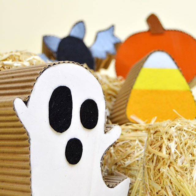BOO! It's not too late to put up those Halloween decorations! Check out our blog for more cardboard crafts that are frightful and fun! Link in bio.