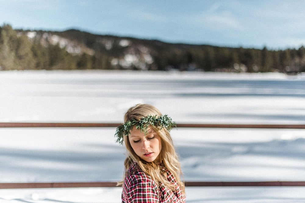 Winter Colorado Flower Crown Lookbook_0007.jpg