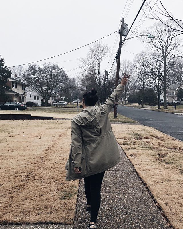 Tuesday's are my least favorite days. But this morning was blessed up by a brisk morning walk and a stop at a local coffee joint with my husby. #deucesup || ✌🏼 • • • • #typical #morningwalk #peacesign #livelocal #slowdown #documentlife #thesestreets #suburbia #neighborhood #ootd #wiw #gameoftones #moodygram #lifestyleblogger #vsco