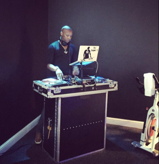 DJ Tyrone is Killin' It! #FridayNightSweat