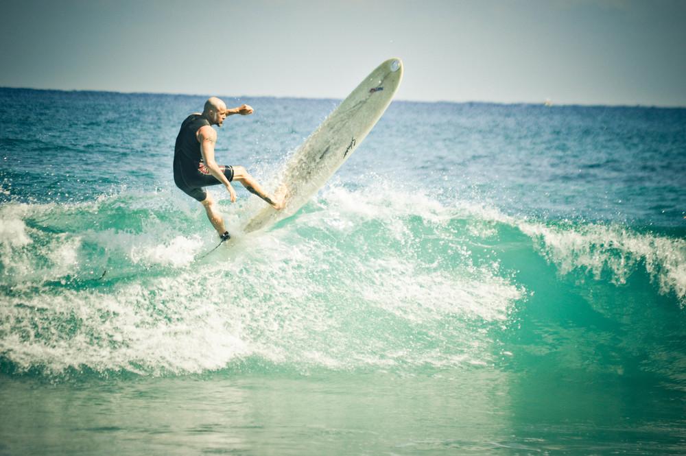 a_surfer3-2.jpg