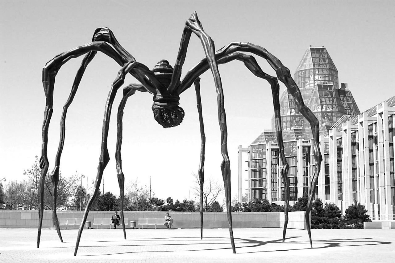Maman. Louise Bougeois. 1999.