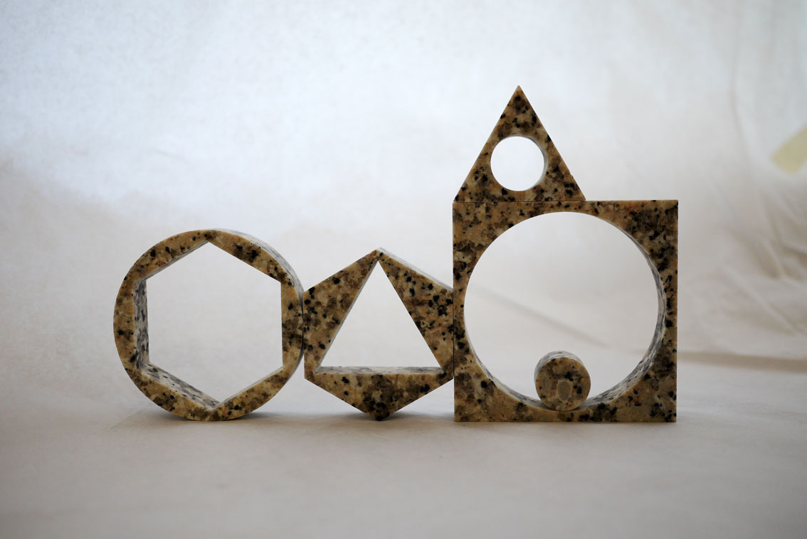 mociun :      Max Lamb- Granite Prisms