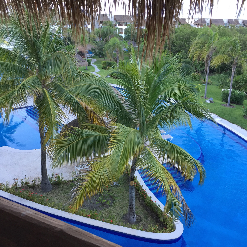 Here was our more private pool right outside our building. There were usually no more than 10 other people there at one time. We floated on rafts with pina coladas in hand (sometimes in both hands :) ) pretty much every day.
