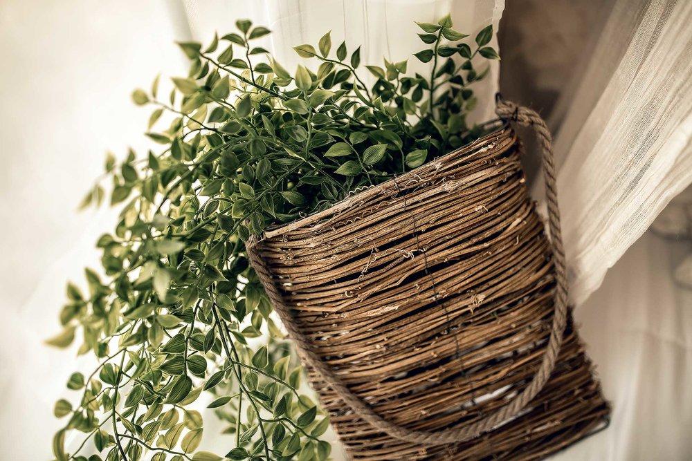 shelby-schiller-photography-lifestyle-studio-woven-basket-greenery.jpg