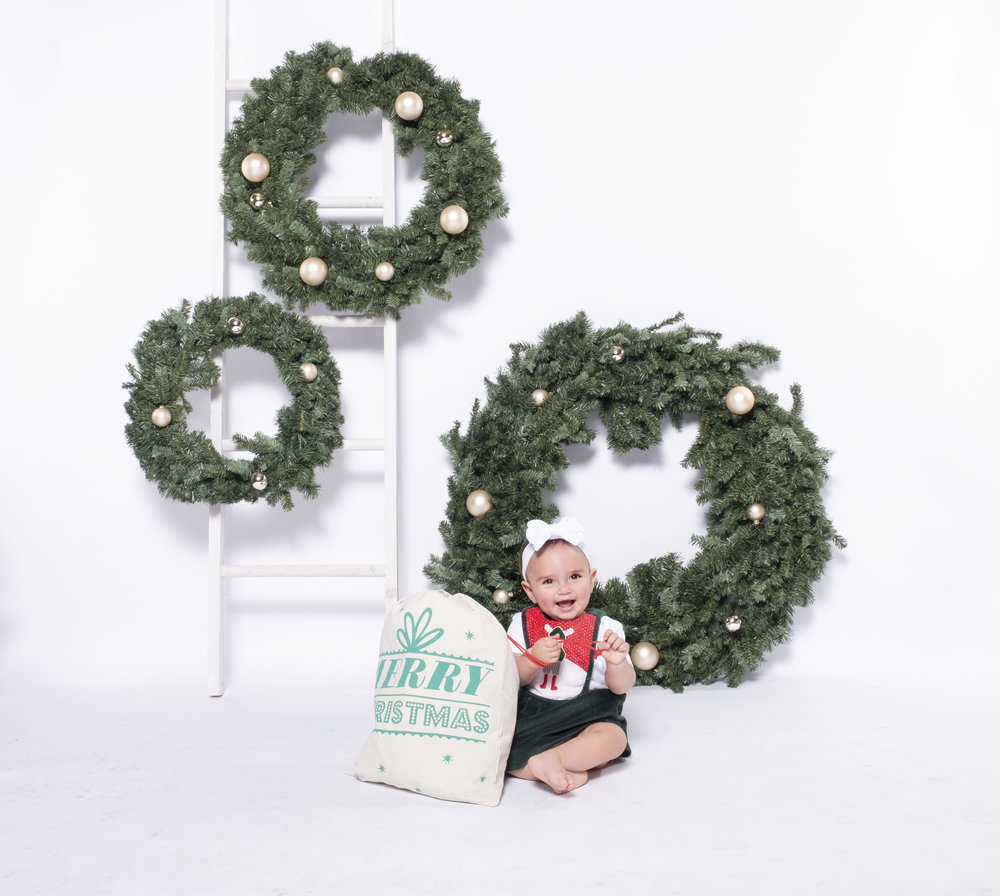 Baby Holiday Photo Inspiration | Arali West