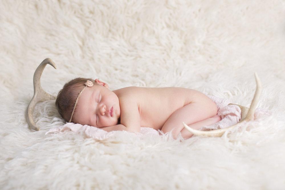 Kambri_Newborn-02.jpg