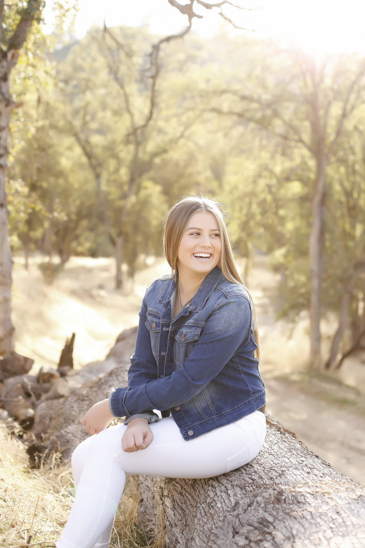 Kristen_Senior-05.jpg