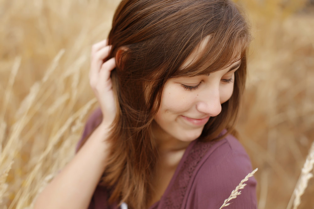 Becca_SeniorPortraits-32.jpg