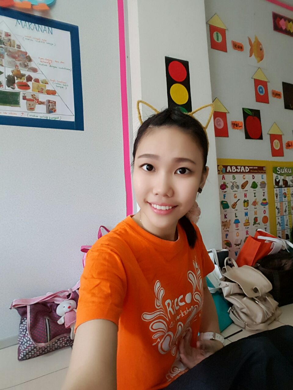 Esther . 3 years experience. Part time tutor / Kindargarthen teacher   1) Hi Gan. Esther takes feedback positively and gives us parents feedback for improvement as well. Quality : ok Attitude : ok
