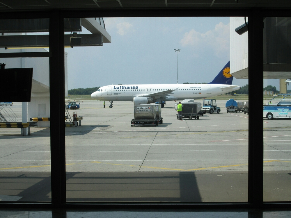 Don't forget to say goodbye to Lufthansa for bringing us from Frankfurt, Germany to Budapest, Hungary!
