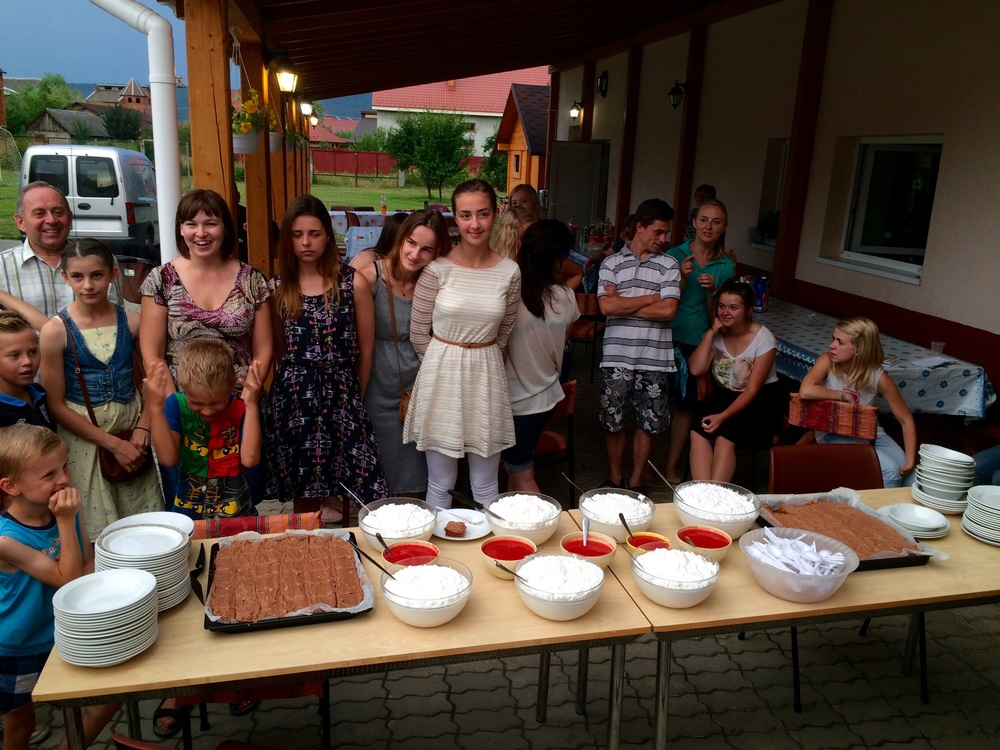 Everyone is eager to taste the Norwegian desserts.