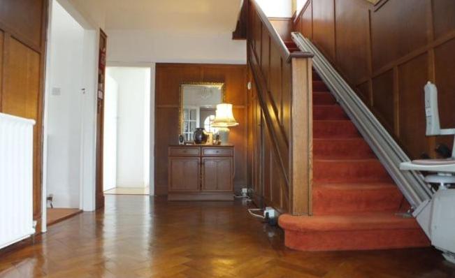 Corridor-Staircase.PNG