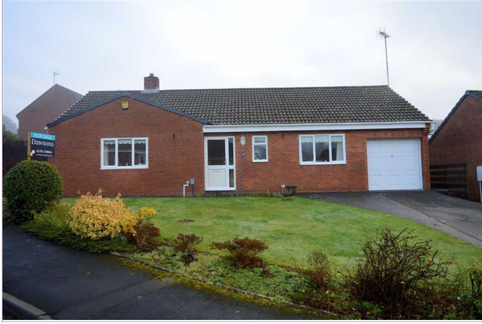 12 Rowan Close, West Glamorgan,SA2 7DW      2-bedroom bungalow - £240,000