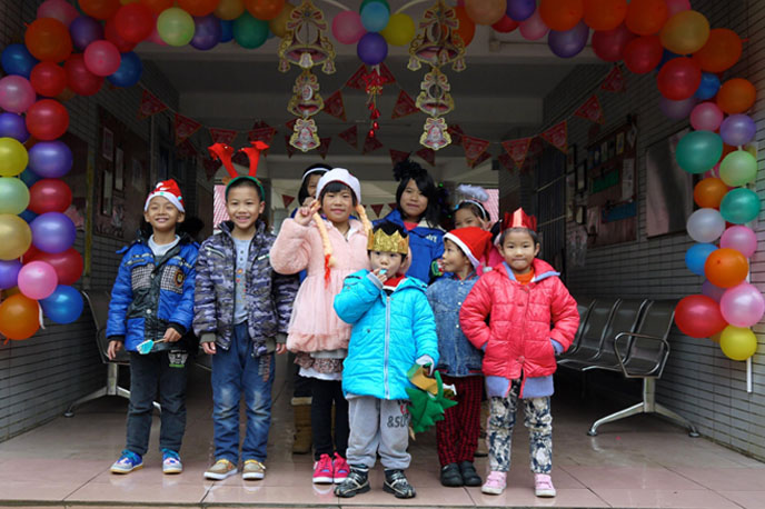 kids_group_entrance.jpg