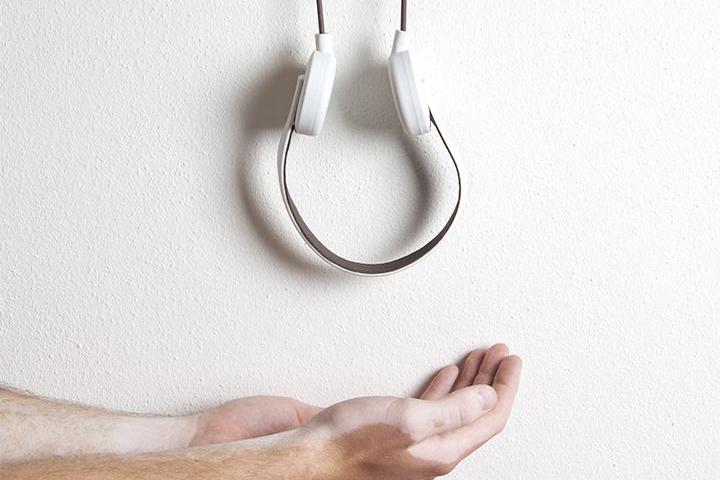 vincent sternberg _vitiligo headphones.jpg