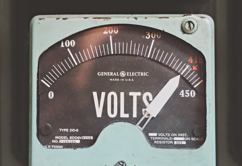 Voltmeter, by Thomas Kelley