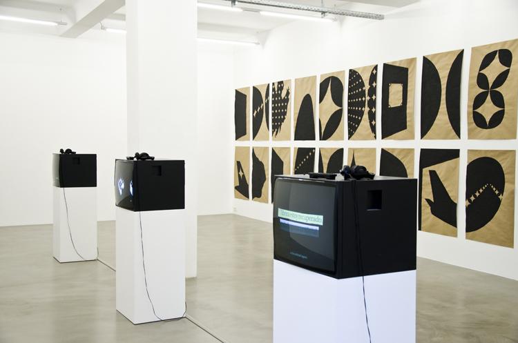 Chifa, Karaoke, Telo ,2014 installation view