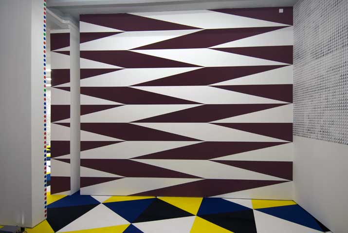 Jan van der Ploeg, No. 298,  Untitled,  2010 acrylic on wall, 4,13 x 5,36 m