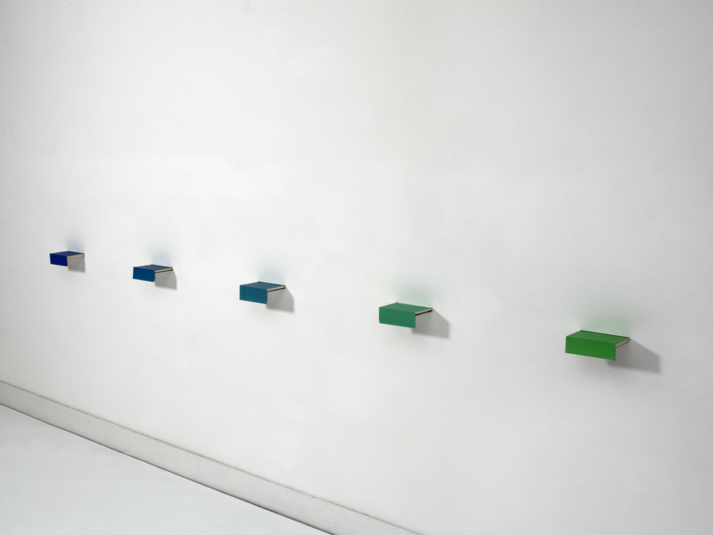 Fernanda Fragateiro  No Color #1 , 2011 books and polished stainless steel, 5.5 x 2 x 325 cm