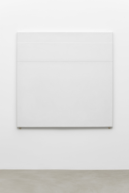 1971-10 , 1971 acrylic on canvas,130 x 130 cm