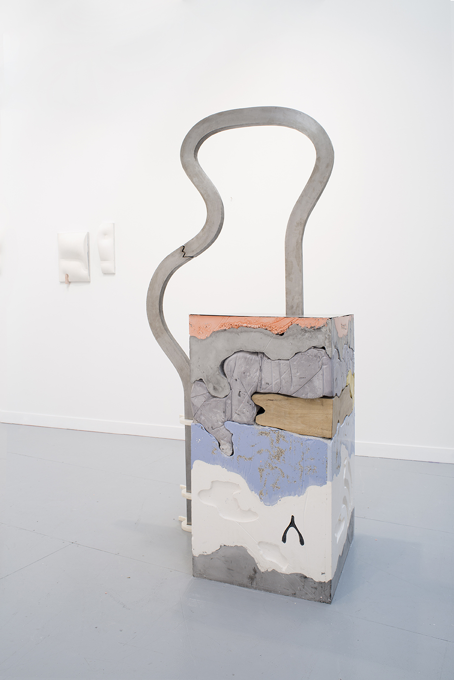 Holly Hendry  Attend to Your Configuration , 2017 plaster, jesmonite, oak, pigment, steel, aluminum, marble, birch ply, cement, grit, 170 x 55 x 65 cm