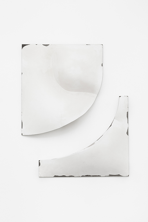 Holly Hendry  Slip Disc , 2017 plaster, aluminum, oak, 65 x 55 x 13