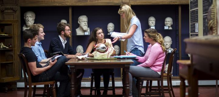 undergraduate_-_anatomy_-_anatomy_museum_-_2_2.jpg