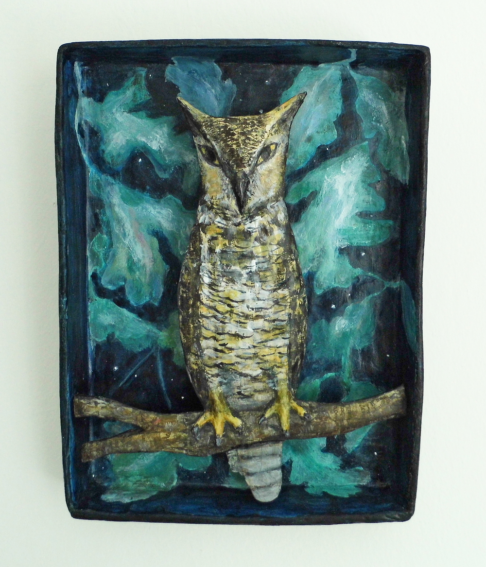 Oakwood Owl papier-mache 19 x 26 x 3.5 cm sold