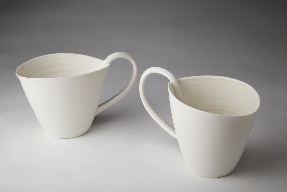 Pitchers porcelain