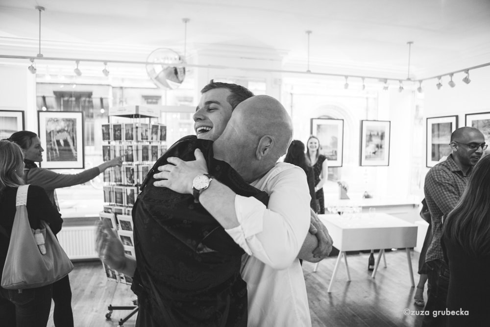 Martin Bond PV hugs 9.06.1722.jpg