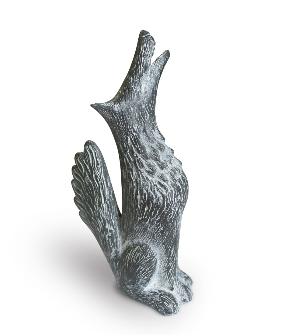 Howling wolf     slate resin  18.5 x 9cm      £215