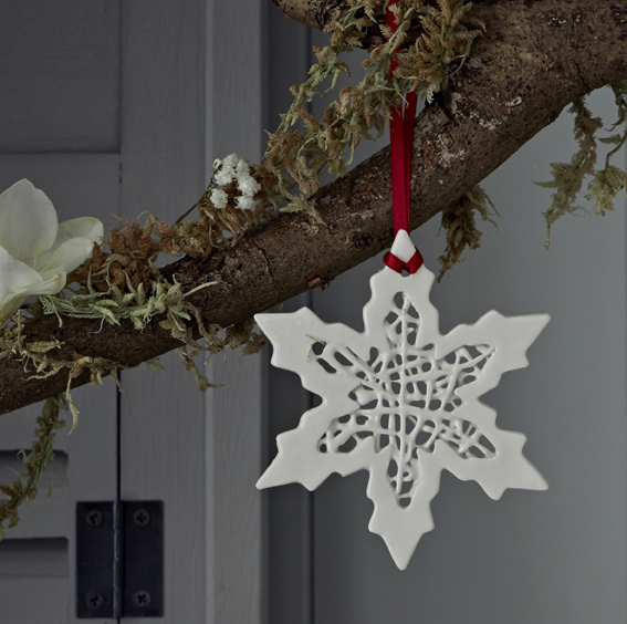 Tangled Snowflake Decoration  ceramic  £10