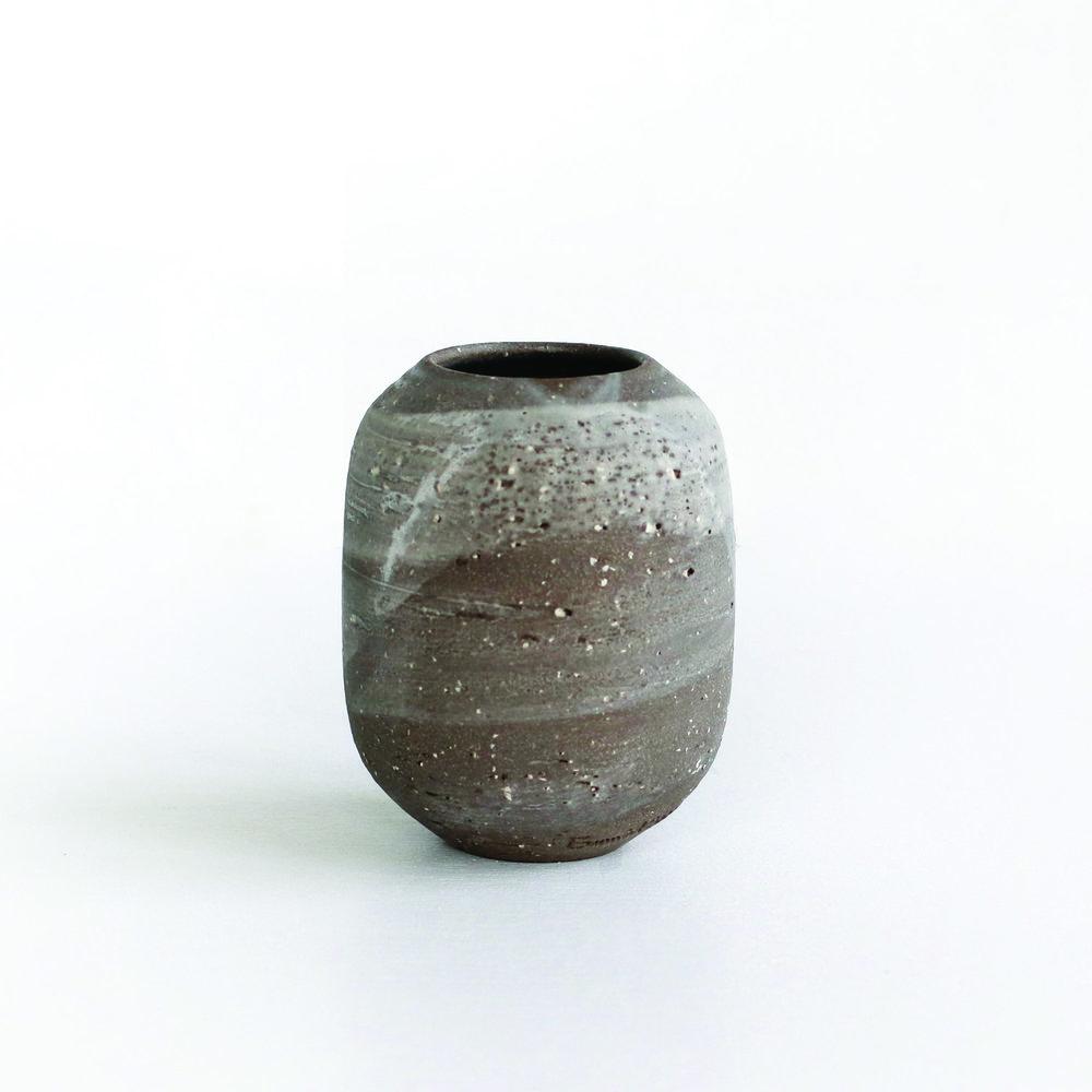 Cloudy Vase  ceramic  8cm h  £25