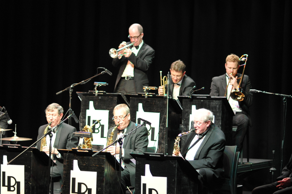 Trumpet and sax section 1920s big band.JPG