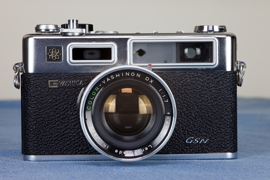 the GSN is a beautiful looking camera, dressed in chrome and black leatherette