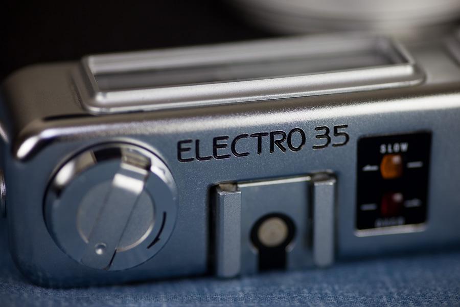 Yashica Electro 35 GSN - 6.jpg